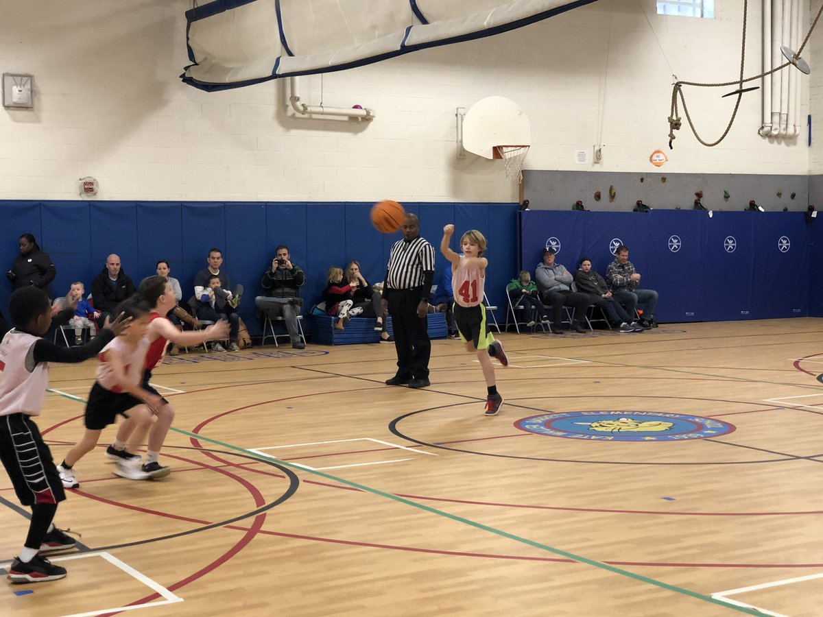 Saturday basketball game at Barrett. I see some <a target='_blank' href='http://search.twitter.com/search?q=KWBPride'><a target='_blank' href='https://twitter.com/hashtag/KWBPride?src=hash'>#KWBPride</a></a> students! <a target='_blank' href='http://search.twitter.com/search?q=25'><a target='_blank' href='https://twitter.com/hashtag/25?src=hash'>#25</a></a> <a target='_blank' href='http://search.twitter.com/search?q=41'><a target='_blank' href='https://twitter.com/hashtag/41?src=hash'>#41</a></a> <a target='_blank' href='https://t.co/CvGm6GTC74'>https://t.co/CvGm6GTC74</a>