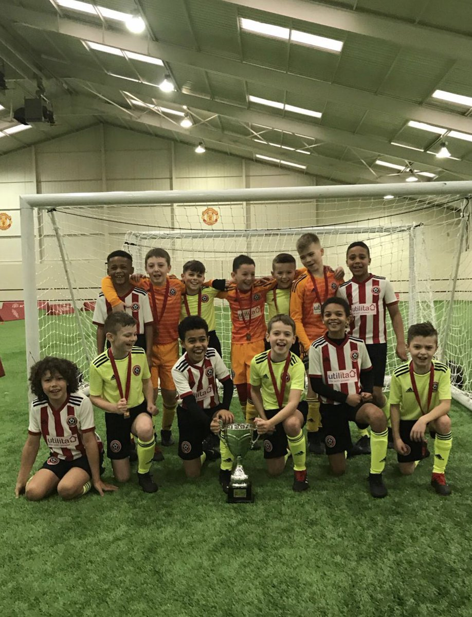 A massive well done to the @sufcdevelopment U9's & U10's. Two outstanding team performances to win both of today's @ManUtd Cup competitions. Thanks #MUAcademy for hosting 🏆🏆
