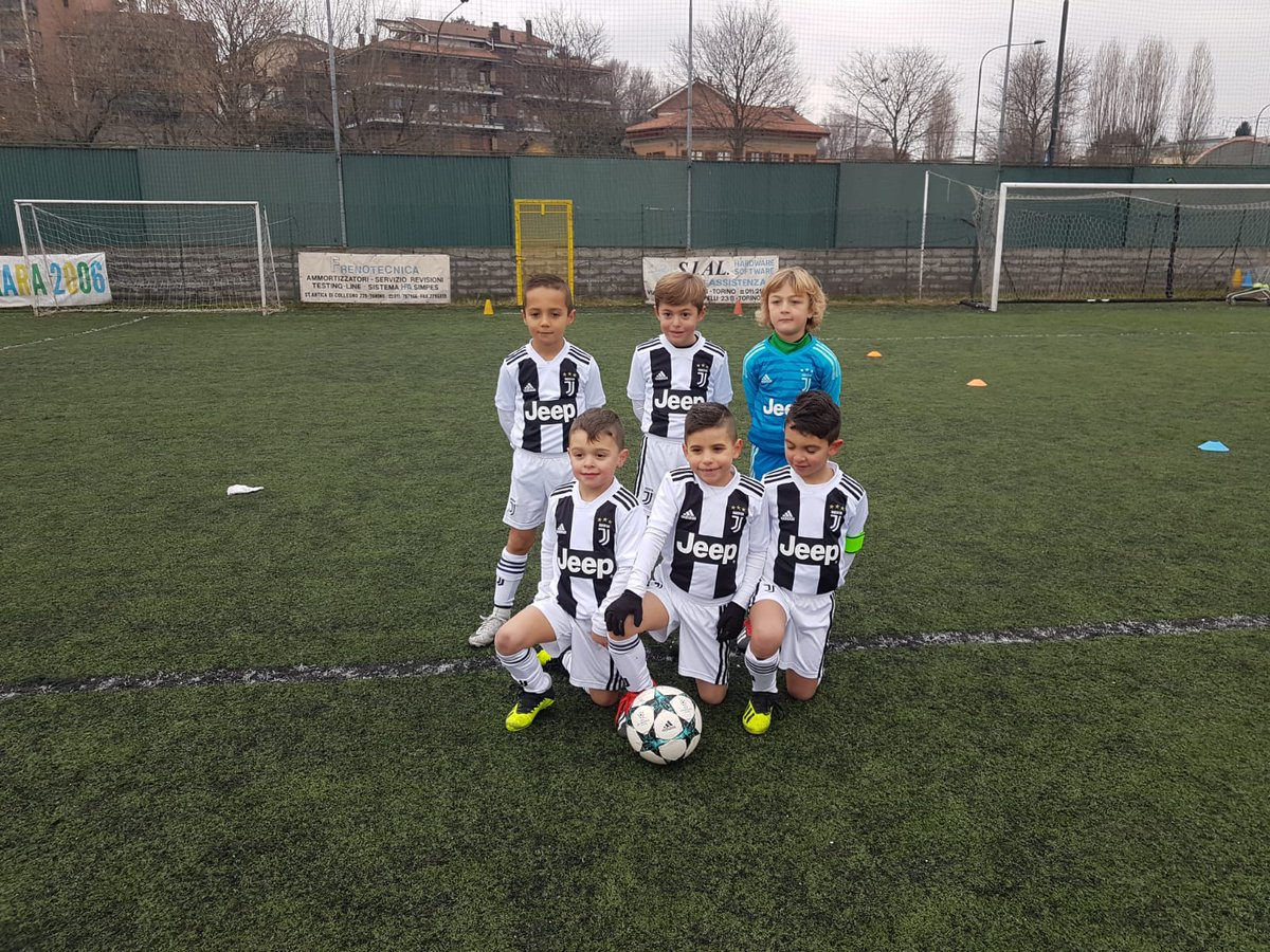 #Under7 al torneo Carrara '90. Match vs Accademia Inter terminato 16 a 2 #JuventusYouth