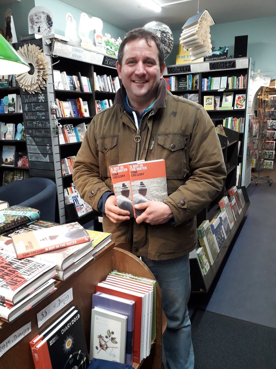 Brilliant to meet @tomgregory11 author of the award winning #boyinthewater earlier. Hoping to do an event with him in March when the paperback comes out. We now have 2 signed copies of the hardback @HaslemereBooks!