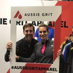 When already dressed head to toe in Aussie Grit gear you gotta stop at the @AGrit_Apparel to say hello! Fab gear 🏃🏼♀️ & the fab @TobiasMews