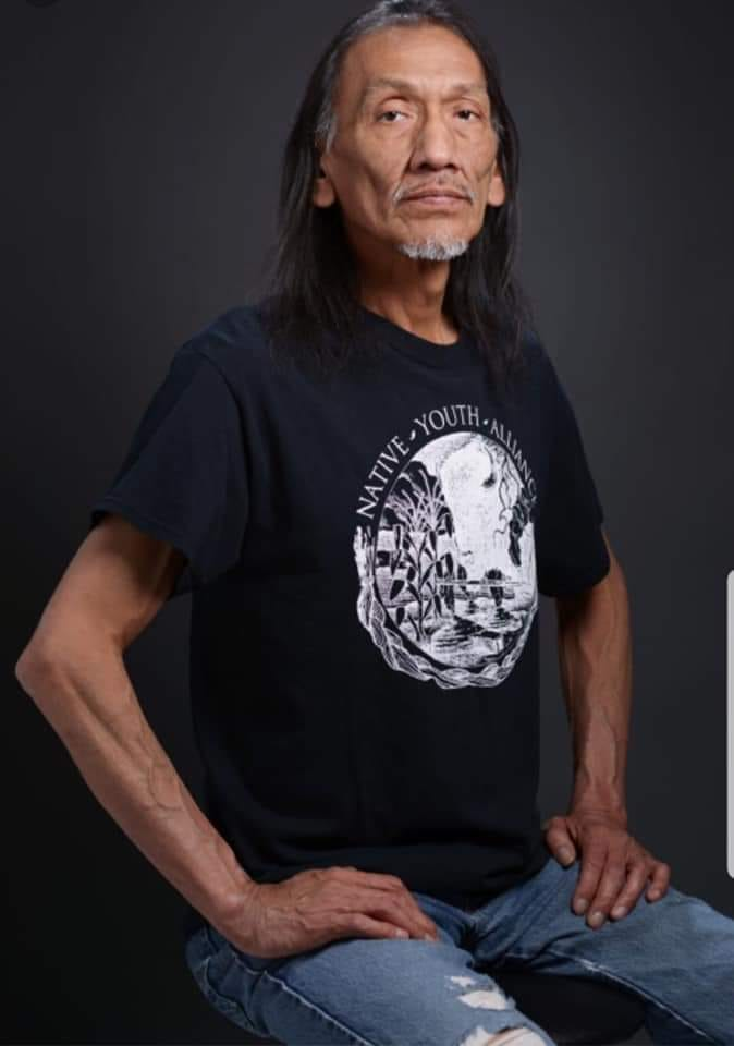 HERO   Nathan Phillips Omaha Elder Vietnam Veteran  Former director of the Native Youth Alliance  Keeper of a sacred pipe Honoring Native American Veterans at Arlington National Cemetery  Water Protector at Standing Rock ND  KNOW HIM   RETWEET THIS!