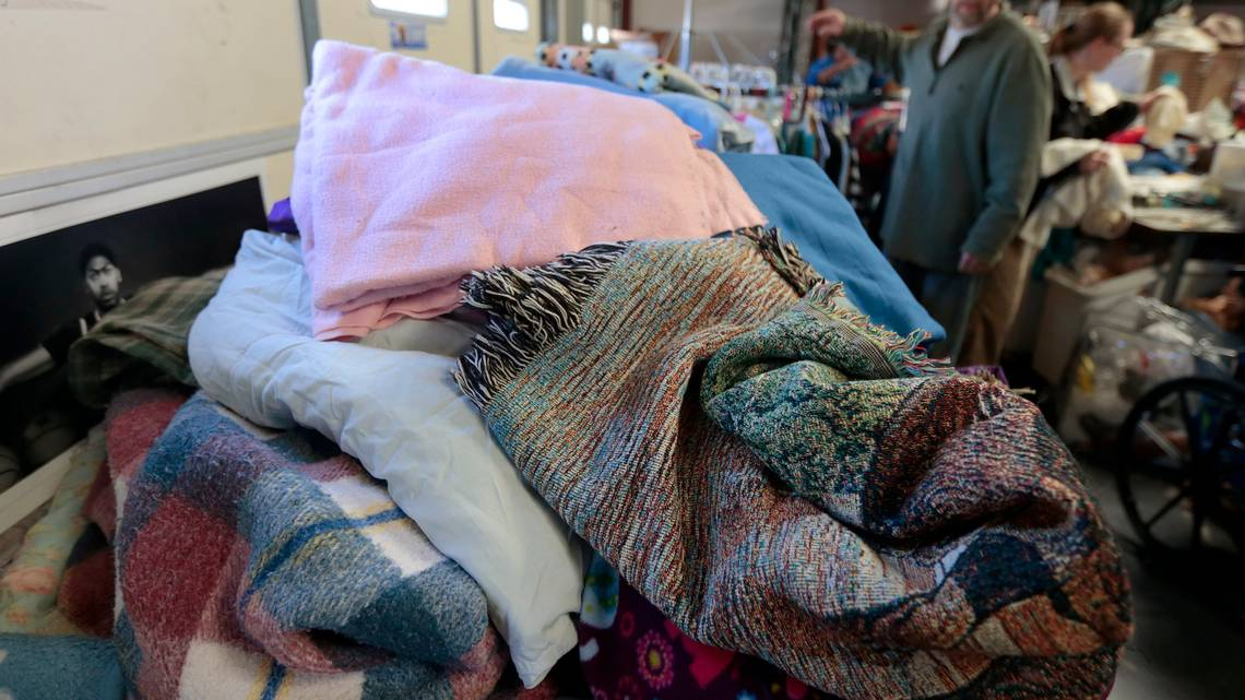 Broward County declares cold weather emergency. Here's where the homeless should go https://t.co/mNyYBpQdd1