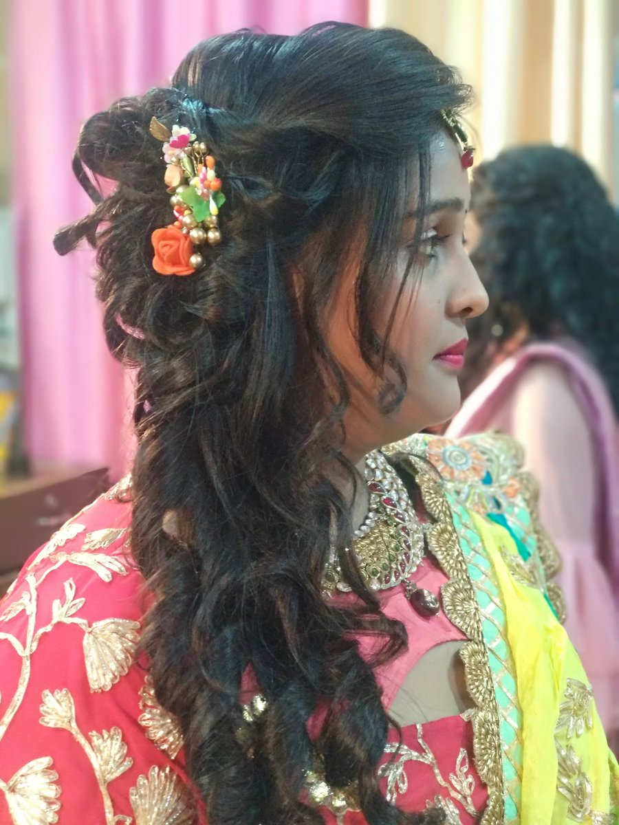 Agra Bride Studio On Twitter Hairstyle Partymakeup
