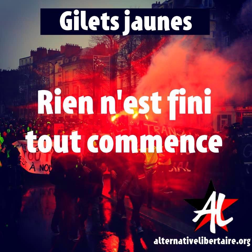 LES LUTTES EN FRANCE vers la restructuration politique (Gilets jaunes) : les débats continués 17 déc.- mars 2019 DxV211fX0AAl7Aj