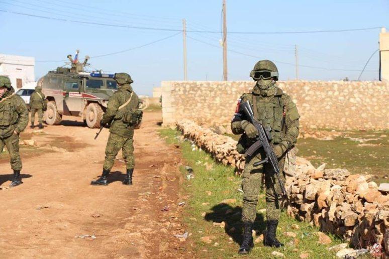 L'armée russe patrouille à #Manbij, #Syrie https://infosdanyfr.wordpress.com/2019/01/20/larmee-russe-patrouille-a-manbij-syrie/… via @IntropaJacques Les forces russes maintiennent la pression sur les terroristes, prêtes à dégainer ses missiles à tout moment! #Syria #Russie