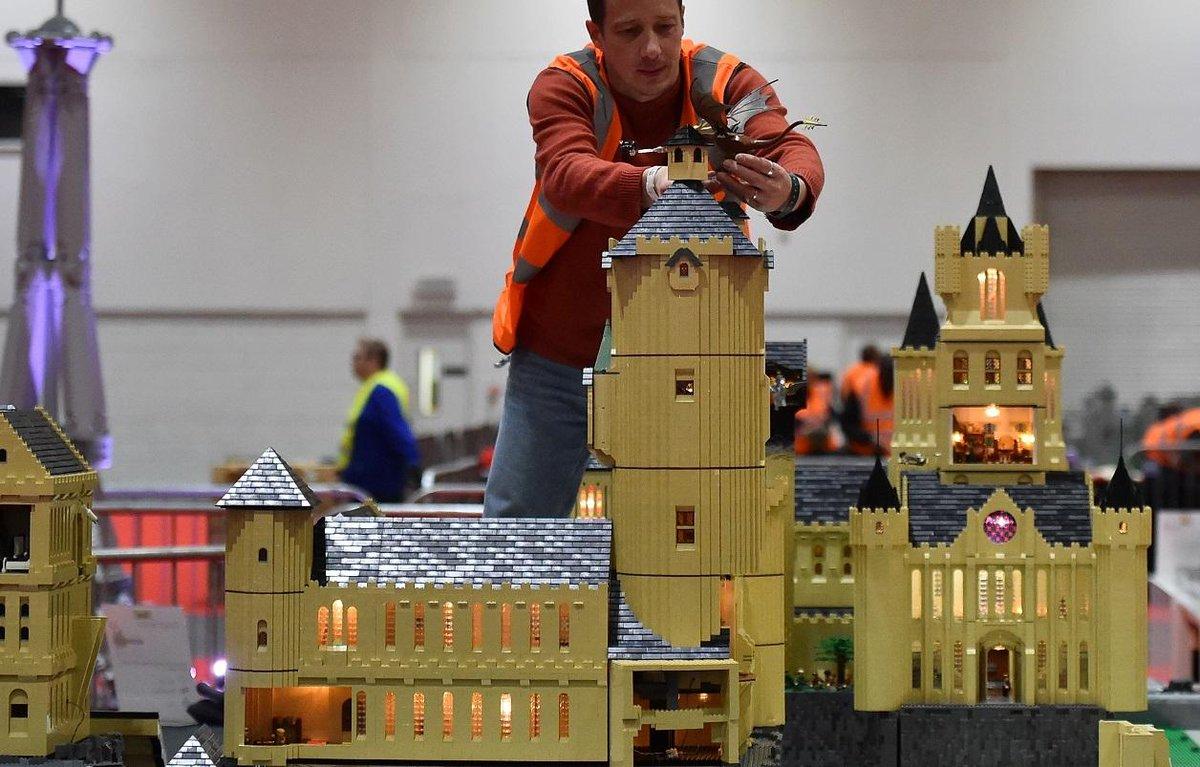 Une professeure d'économie s'est amusée à analyser le rendement des boîtes de Lego sur les trente dernières années... https://t.co/YECzXfW23n