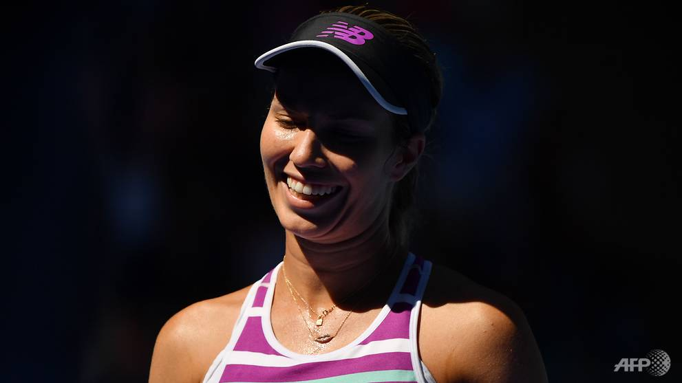Tennis: Unseeded American Collins hammers Kerber to reach quarters https://t.co/fb0mf0LTXQ