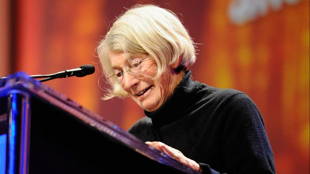 Mary Oliver won the Pulitzer in 1984 for 'American Primitive' and the National Book Award in 1992 for 'New and Selected Poems.' https://t.co/mV0RtgIrJz