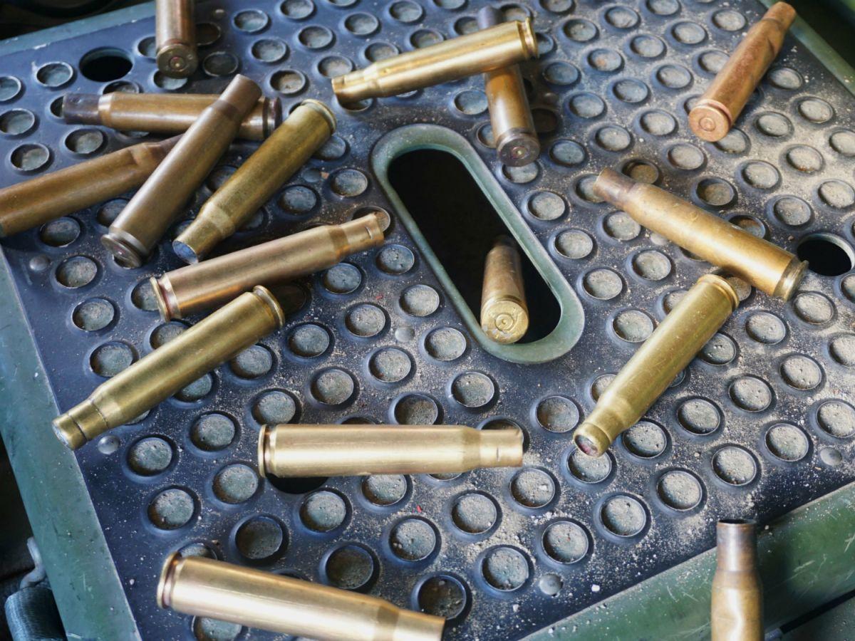 手持ちの空薬莢の大半が第二次世界大戦時のものでした https://t.co/vILcWv2Pb1