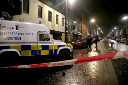 Police in Northern Ireland confirm they received a 10-minute warning before suspected #DerryCarBomb explosion: https://t.co/pDnlfBo1WA