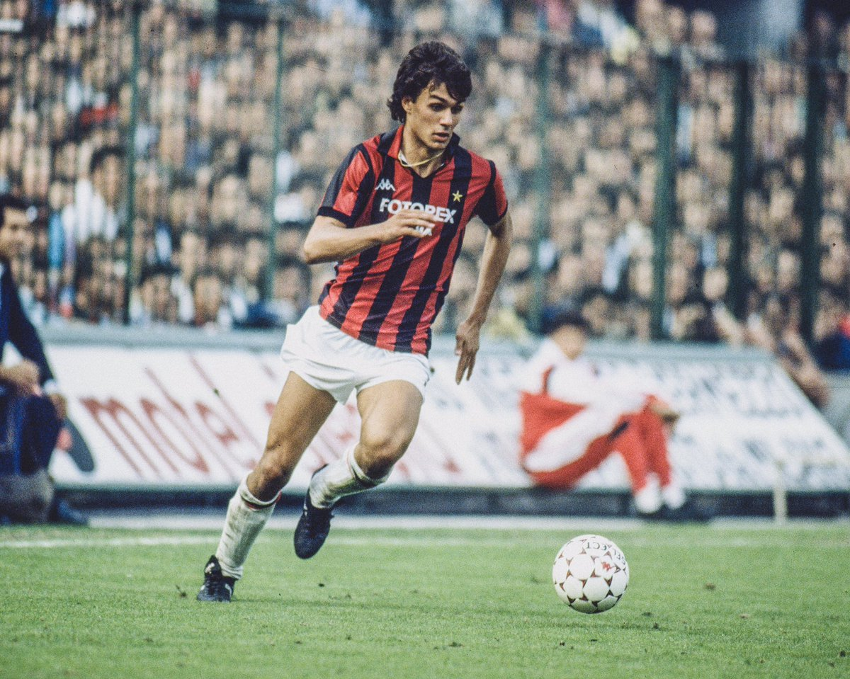 📆 34 Years Ago Today:  🇮🇹 Paolo Maldini made his @ACMilan debut aged 16.  🇮🇹🏆 7x Serie A 🇮🇹🏆 1x Coppa Italia 🇮🇹🏆 5x Supercoppa Italiana 🇪🇺🏆 5x Champions League 🇪🇺🏆 4x European Super Cup  🤩 One of the greatest ever defenders.