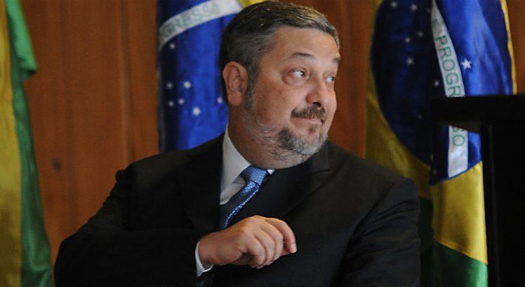 Palocci diz que Lula pediu R$ 30 mi para Delfim e Bumlai em obra de Belo Monte