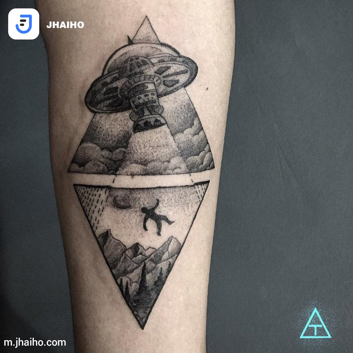 381a7709c Visit https://m.jhaiho.com/birthmarktattoocustoms/about … for more! #jhaiho  #getinked #btnc #birthmarktattoosncustoms #tattoo #artist #alien #spaceship  #ufo ...