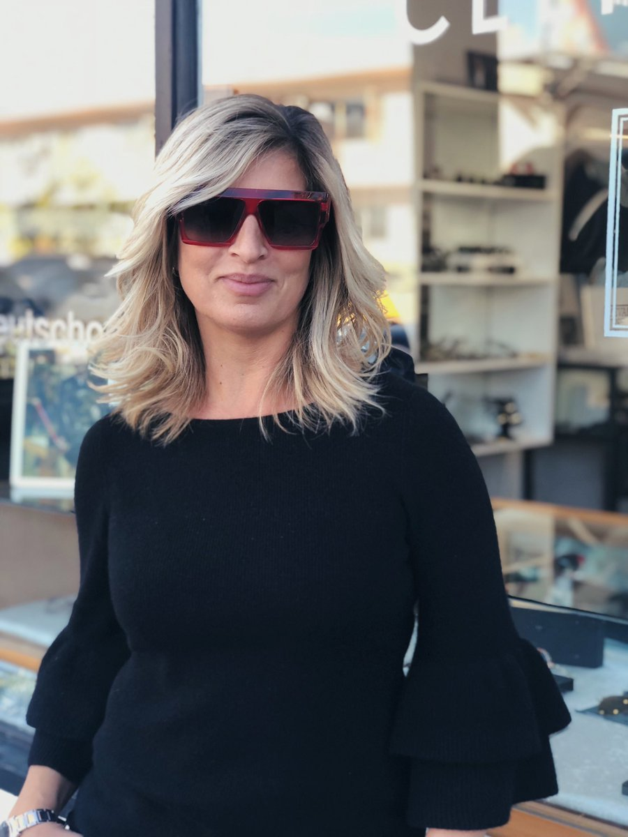 a430fe4fb0 The right sunnies can help make your day amazing.  weloveourcustomers   takenbyDanpic.twitter.com Ix14fatBSg – at Dan Deutsch Optical Outlook