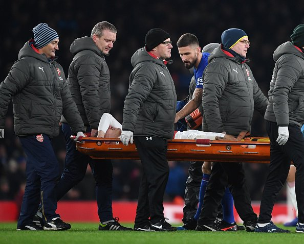 Bad news for Arsenal.  Unai Emery says Hector Bellerin's injury is 'not positive on first impression'.  Here's the latest https://t.co/dH3KY9hv5s