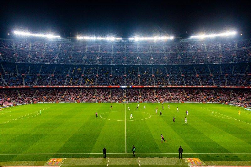 🏟 Tonight's attendance at Camp Nou: 5️⃣0️⃣,6️⃣7️⃣0️⃣! Thanks for coming out to support the team! 👏👏👏  ⚽️ LIVE: Barça 1 - 0 Leganés (⚽️ @Dembouz 33')  🔵🔴 #ForçaBarça! #BarçaLeganés