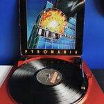 Image for the Tweet beginning: Celebrating 36 years of Pyromania