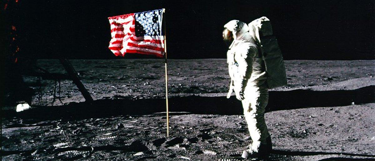 Happy Birthday Buzz Aldrin! Here's How Old He Is https://t.co/JnBqRgZNaM