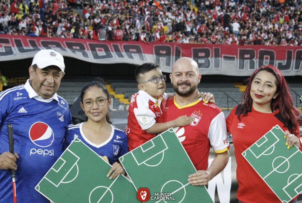 Siempre apoyamos el fútbol en paz, un gran ejemplo ha sido Cesar Daza y su enseñanza a todo el pueblo colombiano.