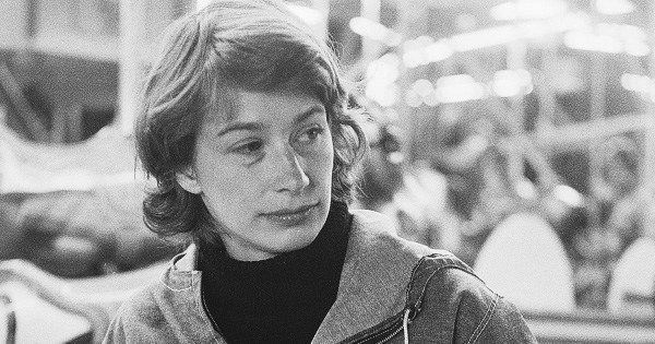 """""""The patterns of our lives reveal us. Our habits measure us.""""  Mary Oliver on how habit gives shape to our inner lives: https://t.co/vdOc4fmFcv"""