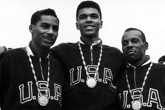 #TeamUSA celebrates and remembers @MuhammadAli, AKA 'The Greatest', after what would have been his 77th birthday last week.  📸 ➡️ https://t.co/Pp4PV15OHN