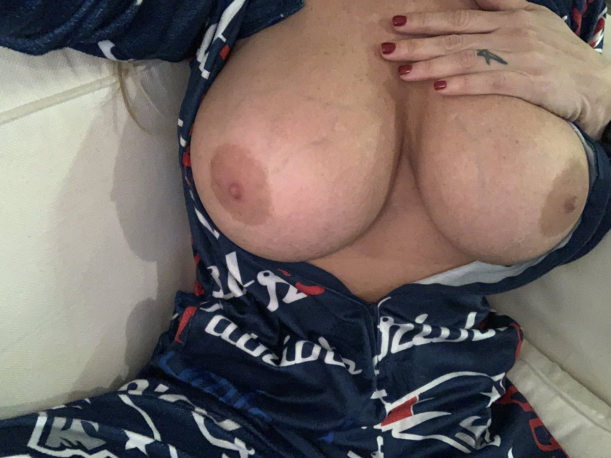 Morgan leigh big tits in patriotic bikini the boobs blog