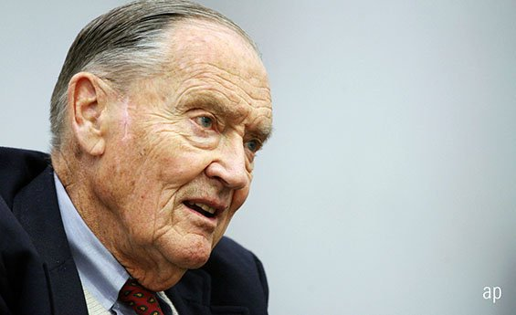 Why Bogle was the Best CEO: Want to know how to run an asset management company that truely serves investors? Look to Jack Bogle, says Morningstar columnist John Rekenthaler http://dlvr.it/QxfCLv