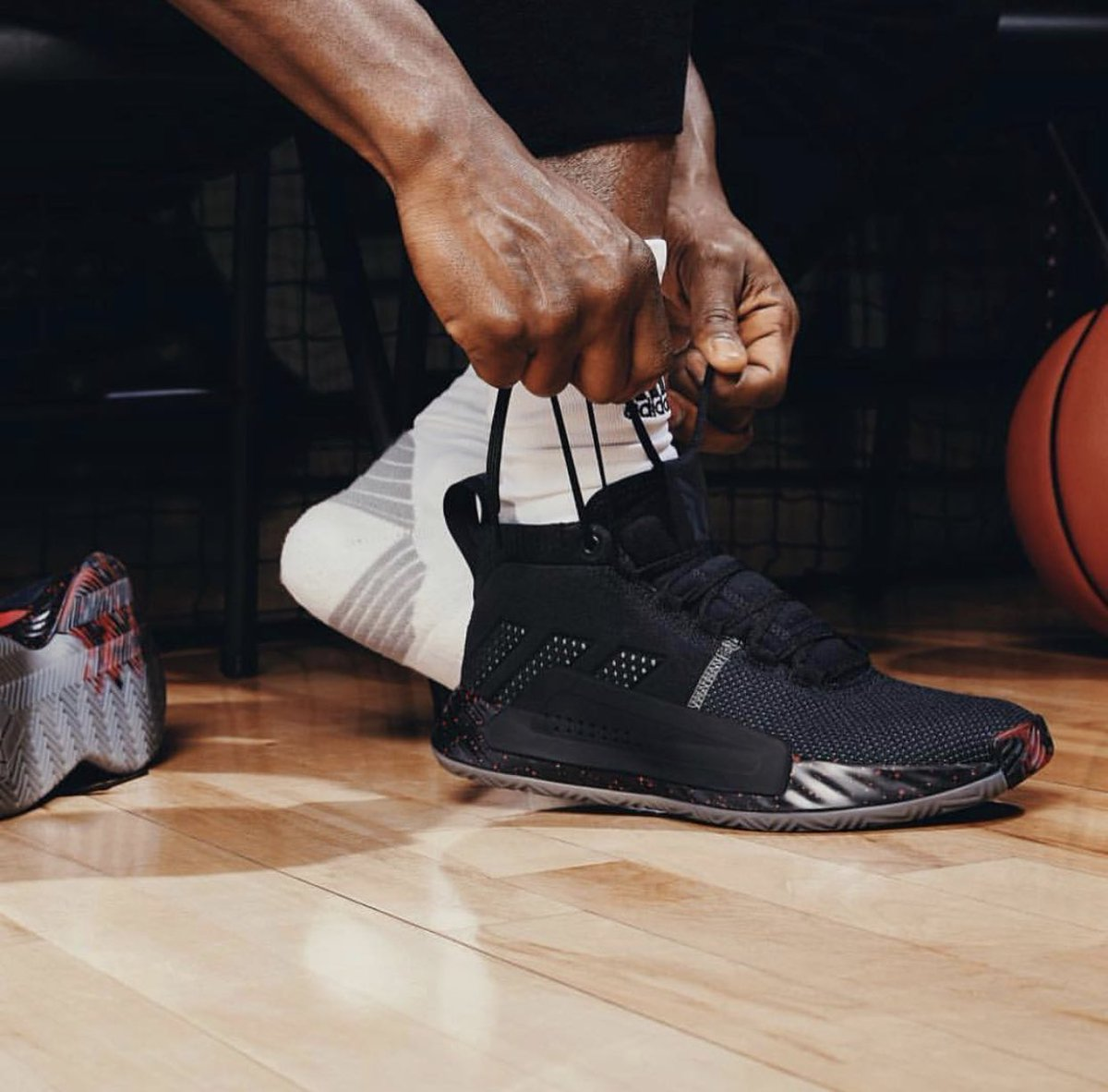 detailed pictures 95146 08b95 has officially unveiled 5th signature sneakerthe adidas dame 5 the first  three colorways are set to