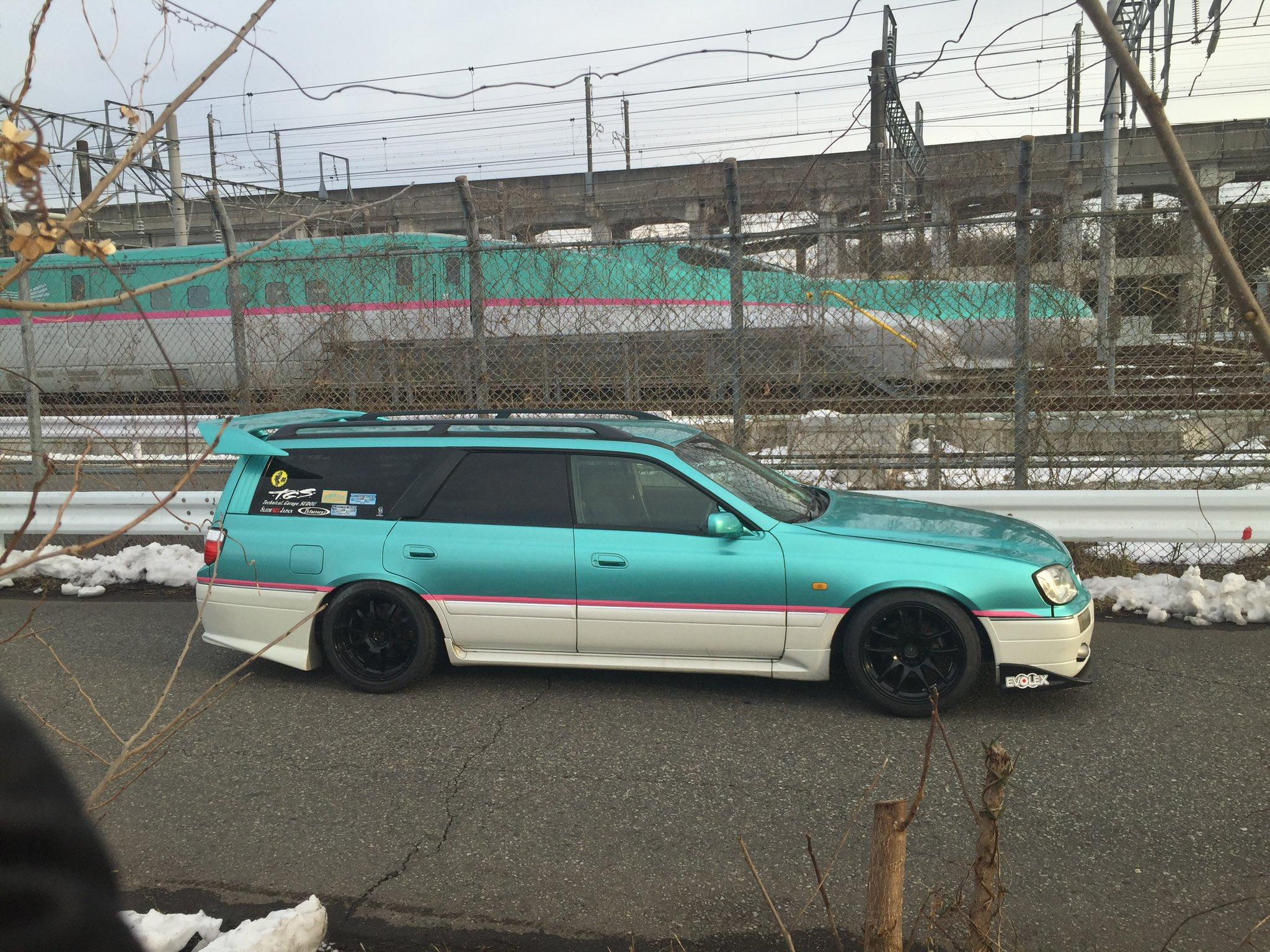 彼氏の車が新幹線でした。死にたいくらい恥ずかしくて惨めな思いのデートでした。 グリーン車もないしマスコンじゃないし、クルマって感じでした。 あたし何かおかしいこと言ってますか?普通の感覚ですよね