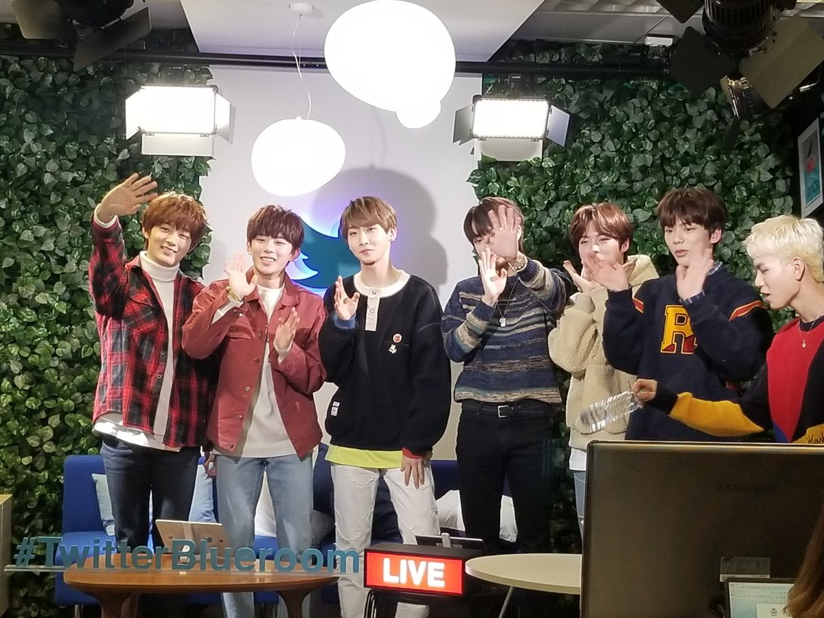 [KpopHerald x #TwitterBlueroom] #VERIVERY had a blast with over 500,000 viewers all around the globe LIVE! 👍❤️   @the_verivery @by_verivery #KpopHeraldatBlueRoom