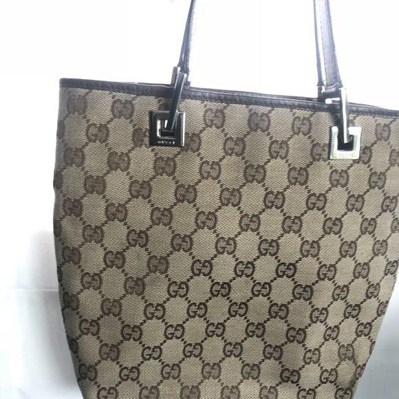 89f314e9c2d poshmark fashion style shopmycloset gucci ralphlauren agadrianogoldschmied  ...
