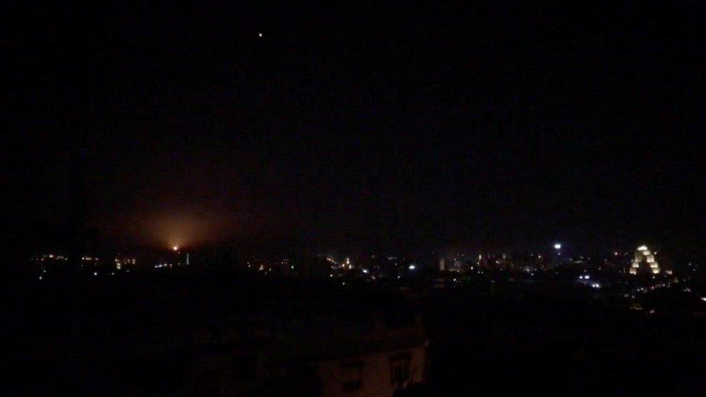 Israeli military strikes Iranian targets in Syria https://reut.rs/2Dnl4vt