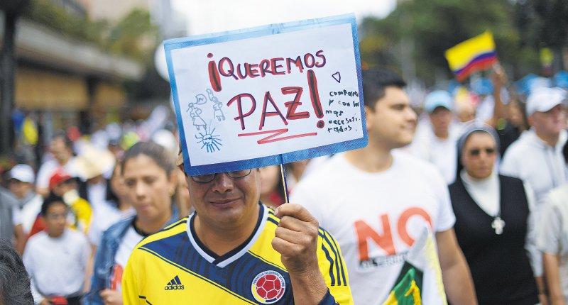 #NoAlTerrorismo Colombia marchó para exigir paz. https://t.co/UEMyZuZ9EF #AdelantePorLaPaz