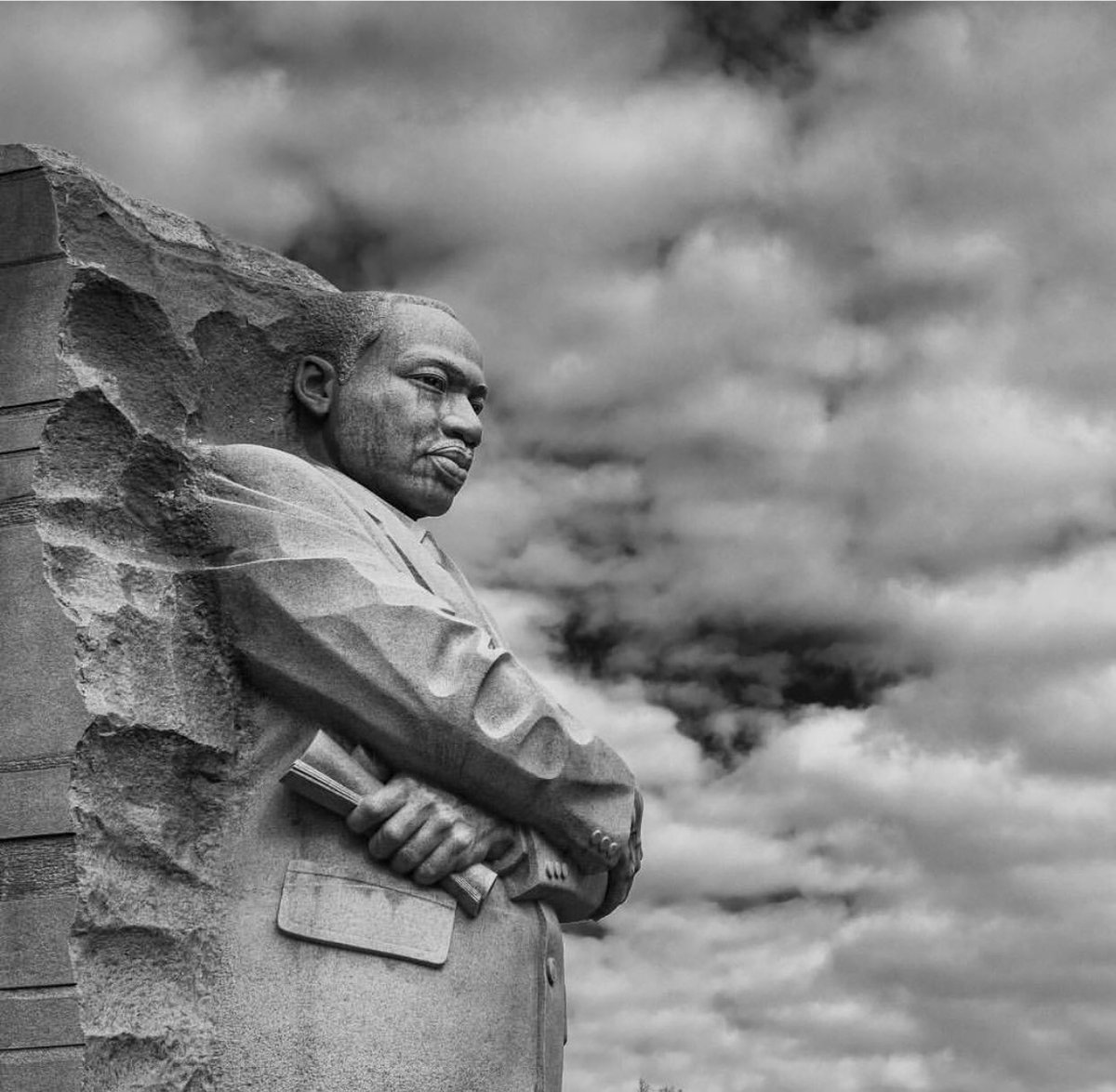 "#MLKDay: ""I have decided to stick with love. Hate is too great a burden to bear."" - Dr. Martin Luther King Jr.  📸: News4's Ambrose Vurnis.  See photos of MLK Jr.'s legacy here: https://t.co/gFCvYHzGkH"