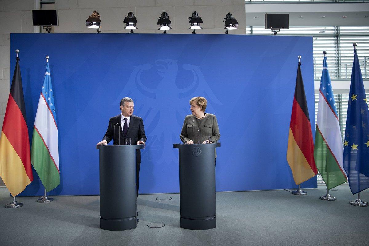 Kanzlerin #Merkel vor Gespräch mit dem Präsidenten Usbekistans @president_uz: Usbekistan hat umfassende polit. Reformen angestoßen. Es gab Fortschritte bei Menschenrechten u. den Beziehungen zu Nachbarstaaten. Deutschland möchte das weiter positiv begleiten u. guter Partner sein.