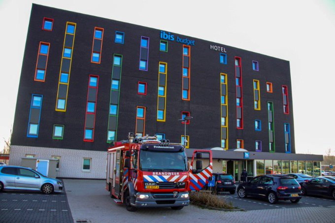 Hotel voor 2e keer binnen een week ontruimd https://t.co/J02Z5mIWeZ https://t.co/HiFC3mP7mG
