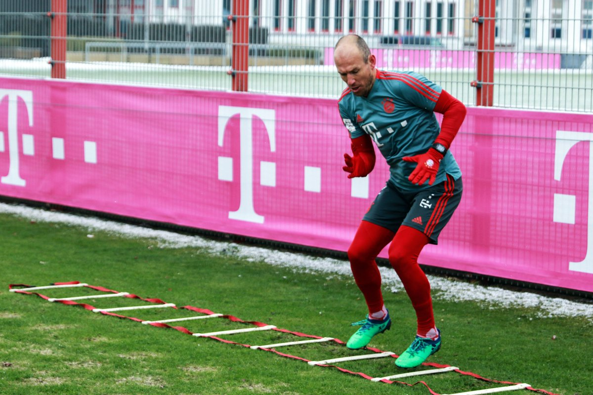 Zwei Legenden auf dem Trainingsplatz, ein Ziel: Comeback! 💪  #Robbery #WeiterImmerWeiter #FCBayern