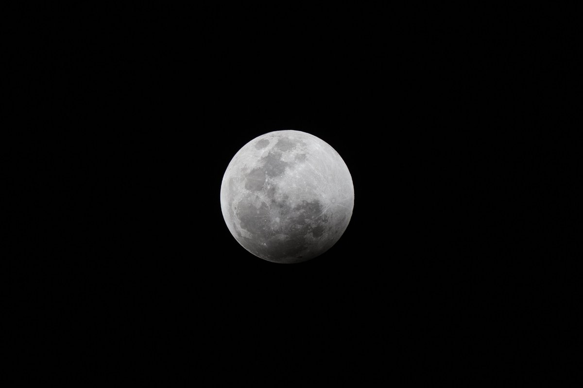 The moon is seen during a total lunar eclipse in Mexico City #lunareclipse2019