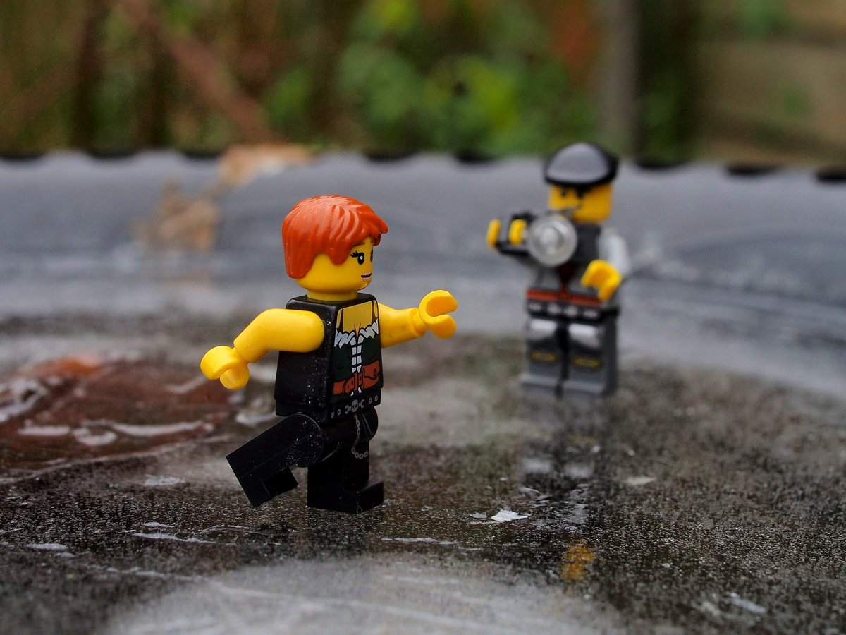 Little bit of Lego photography today as the weather is cold so they decided to go ice skating on my bird bath #photography #photo #lego #legophoto #legophotography