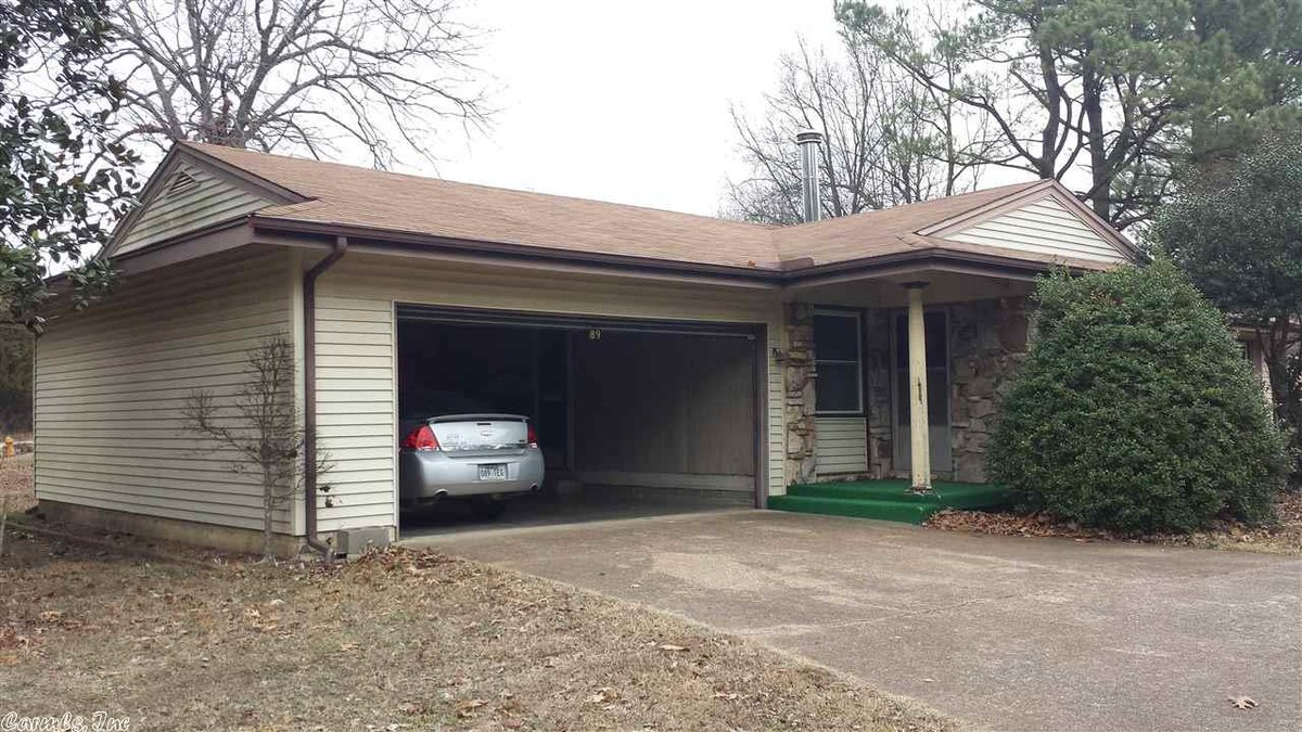 d49bca989 3 beds 2 baths 2 car garage over 1300 sq ft. Near shopping and schools-easy  in/out. Visit http://ow.ly/cZnG30nm0rY for more details and pics or call  Richard ...