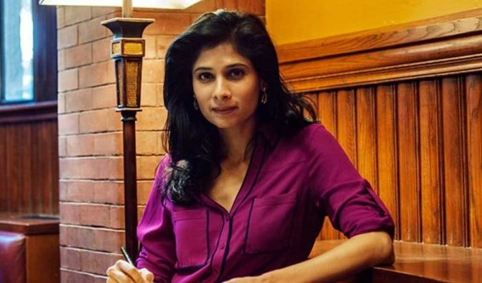 IMF Chief Economist Gita Gopinath bats for an independent @RBI adds that central bank reserves are fickle & must be managed carefully | Details At 9 PM On India Business Hour @ShereenBhan