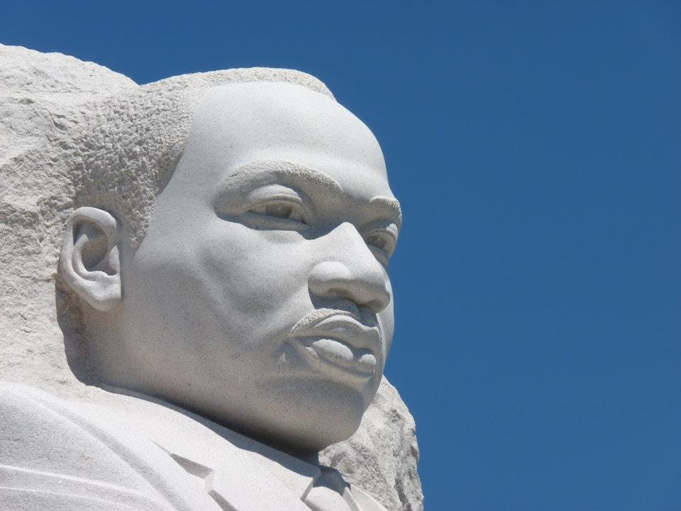 On #MLKDay, we honor the life and legacy of Dr. Martin Luther King, Jr. Find opportunities to volunteer at https://t.co/Gz1xSzc98d.