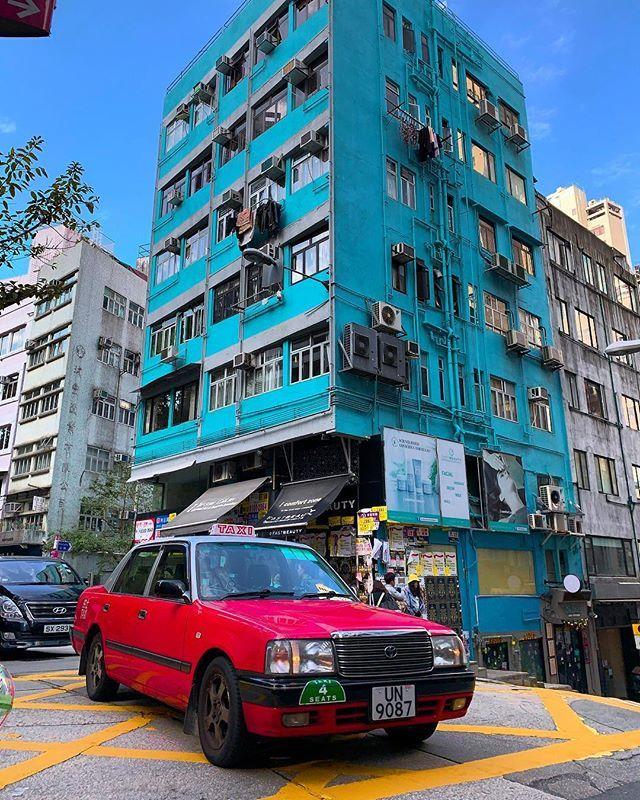 Great pic!  MT @guillot75 #HK colors party #tsimshatsui #hongkong #china #kowloon #airfrance #hongkongtrip #hongkongview  #hkdaily #hello_worldpics #discoverhongkong #decouvrirensemble #hongkonginsta #WHPresolutions2019 #hkairlines #hongkongpapic.twitter.com/XgTMURxdiG