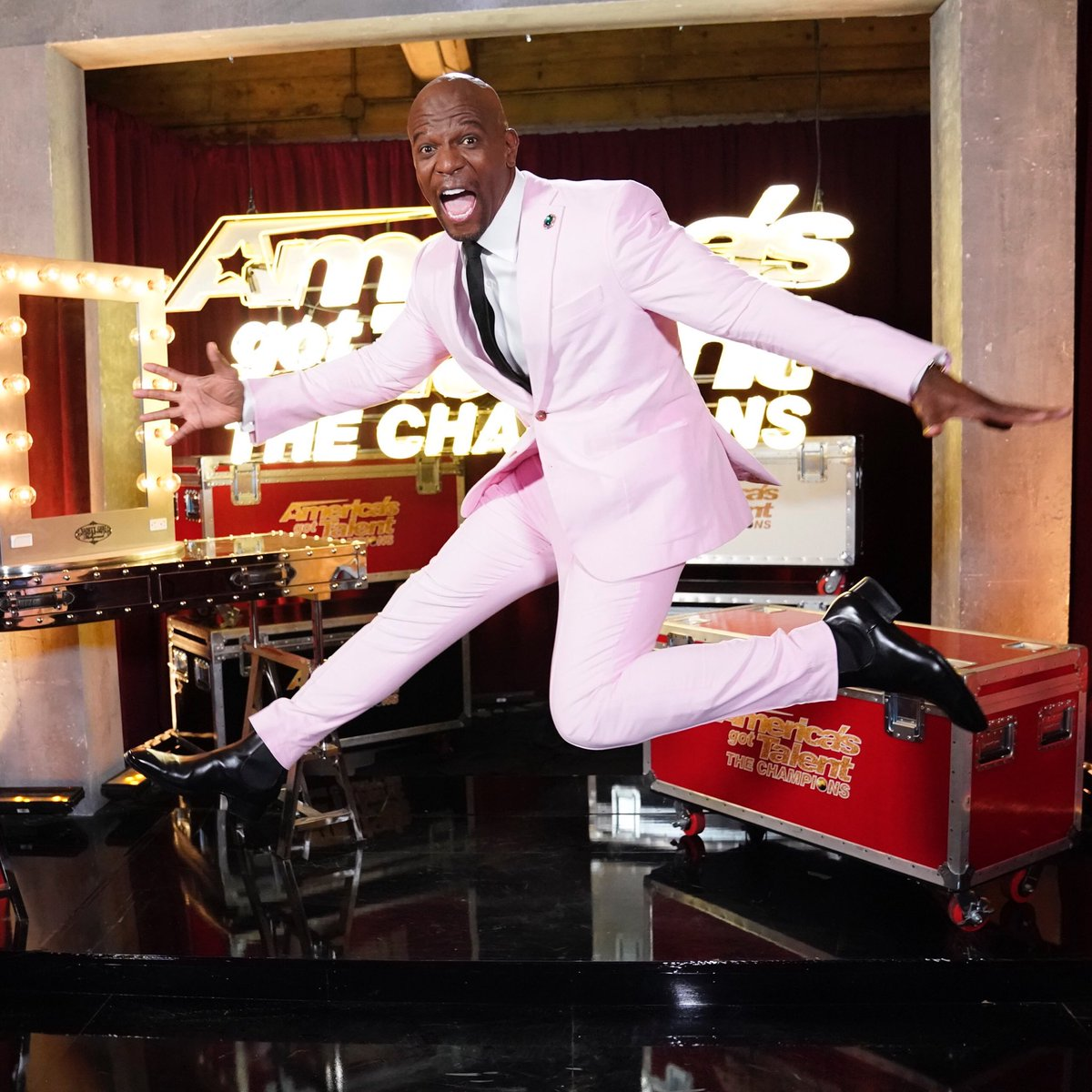 THE FLOOR IS TOXIC MASCULINITY! JUMP!   #AmericasGotTerry