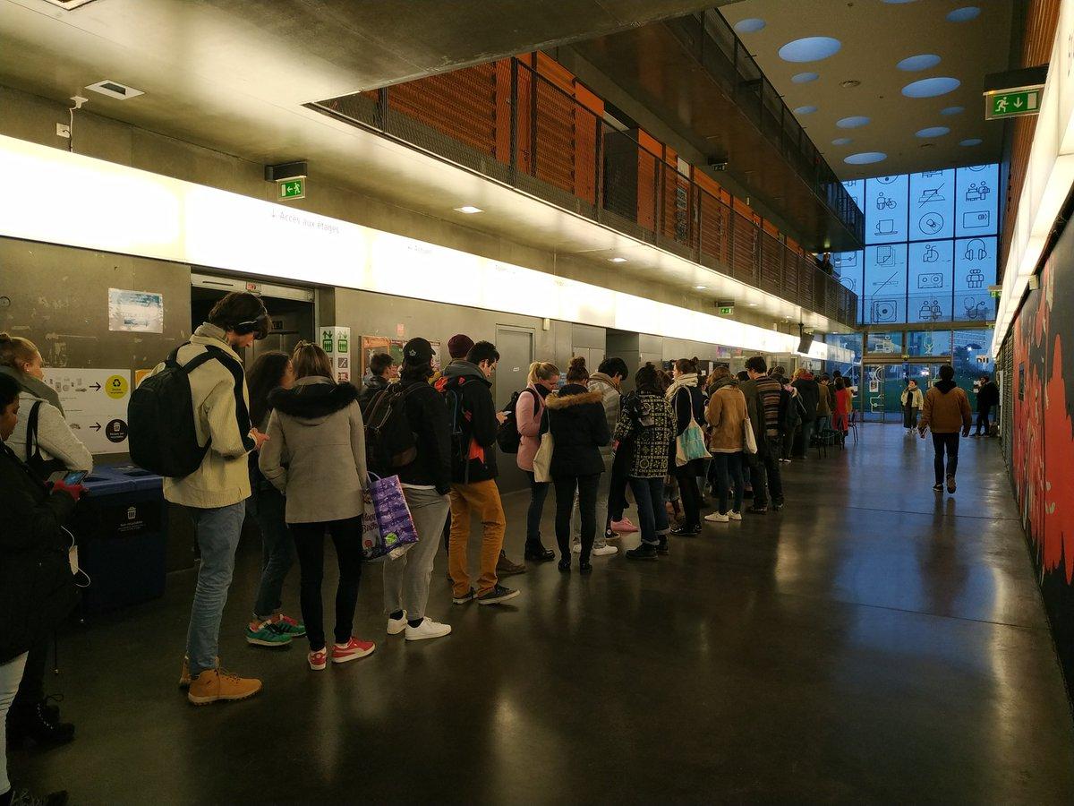 Épicerie gratuite, CinéWeek, Rennes 2, toujours aussi active pour les étudiants ! pic.twitter.com/29UyuesDca