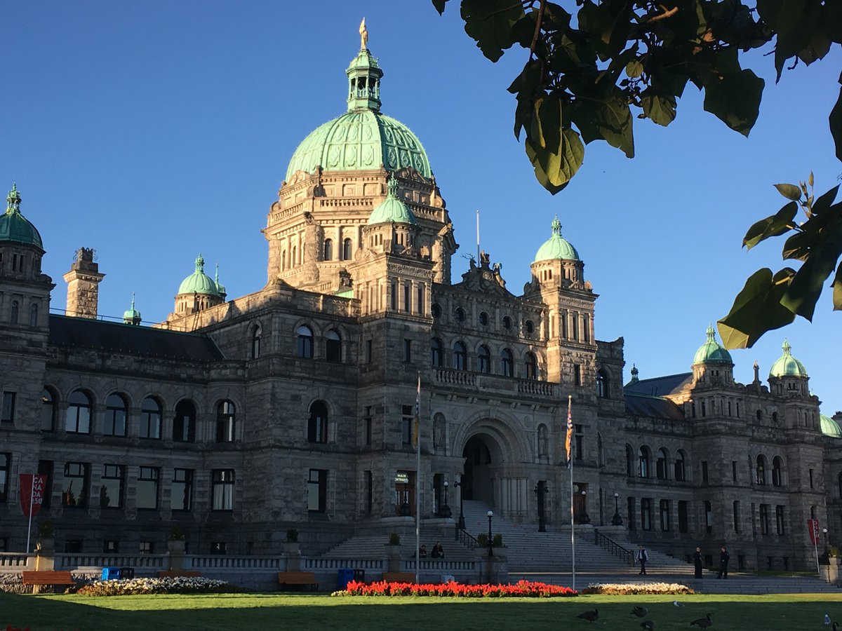 BC NDP has slight lead in support over Liberals: poll https://t.co/4hafOmuKHr #bcpoli