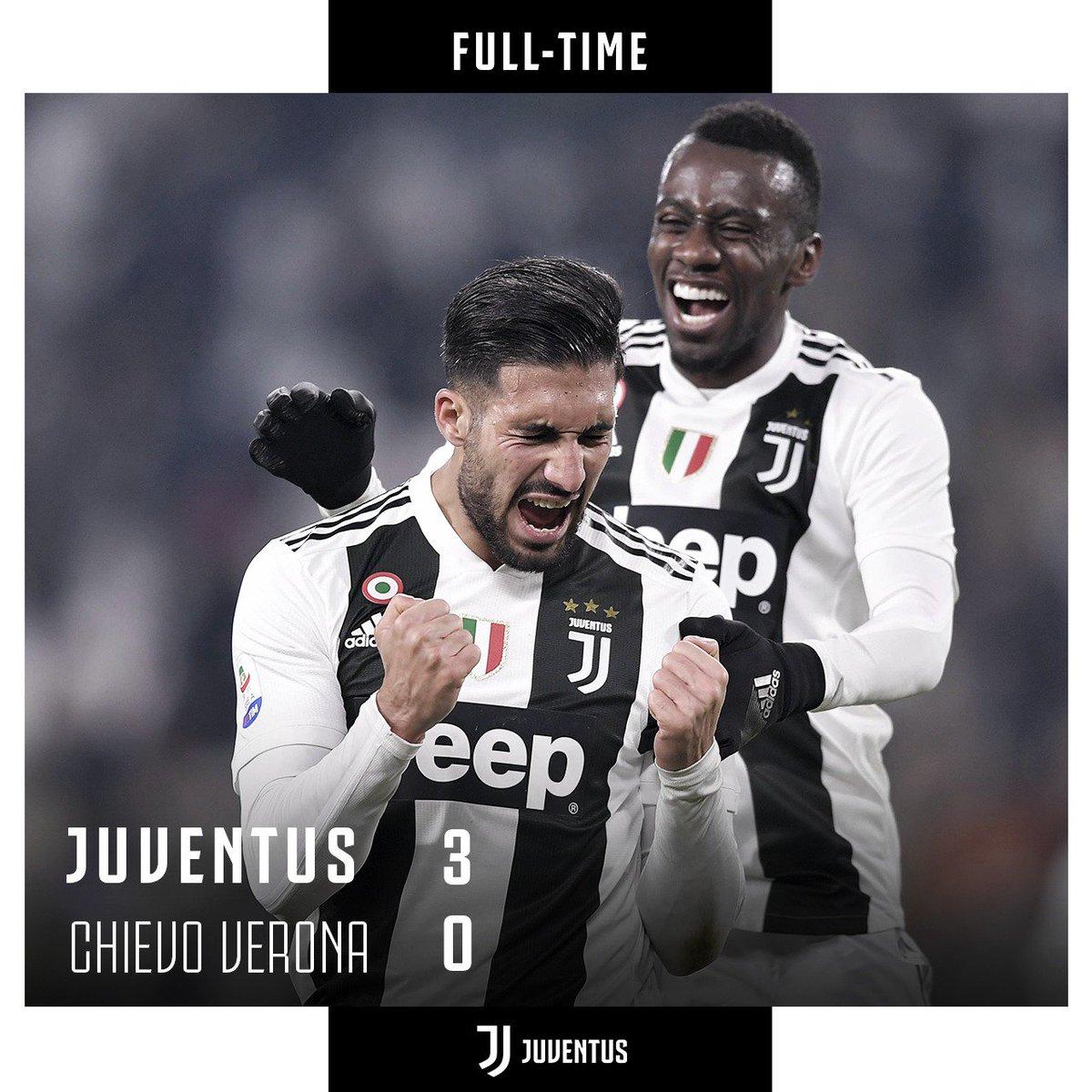 90'+3 - TRIPLICE FISCHIO! La Juve segna ⚽️⚽️⚽️ gol e batte il Chievo per 3-0! Avanti così ragazzi! 👏 #JuveChievo