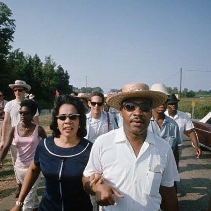 Let us also be reminded that without the love,support,insight,&selflessness of Mrs.Coretta Scott King, none MLK's achievements would've been possible.   #RememberingQueenKing#HappyMLKingDay