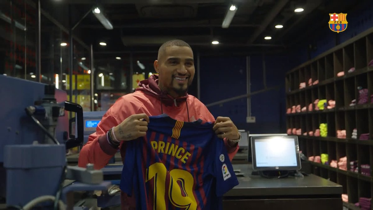 📹 INSIDE VIEW 👀 @KPBofficial's first hours in Barcelona  ⚽️ #EnjoyPrince 🔵🔴